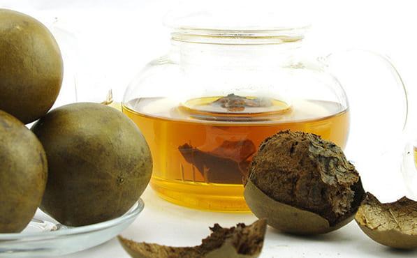 Высушенные плоды архата добавляют в чай