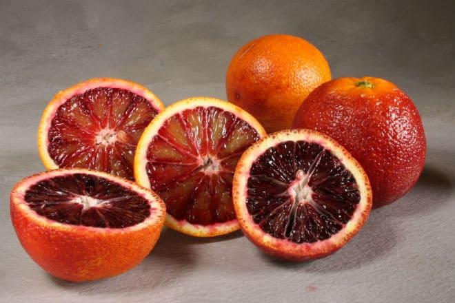 Плоды кровавого апельсина