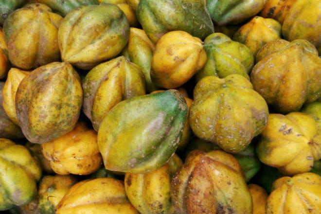 Что из себя представляет фрукт горная папайя?