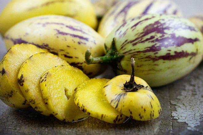 Как выглядят плоды пепино?